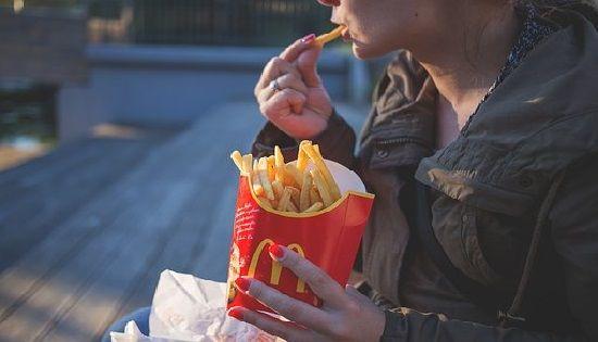 Somos lo que comemos y debemos llevar a cabo una alimentación consciente para nuestro bienestar a futuro