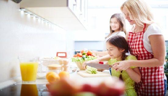 Comer por obligación o costumbre no es parte de una alimentación consciente